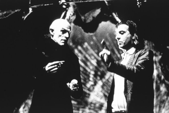 Willem-Dafoe-and-director-Elias-Merhige-in-Lions-Gates-Shadow-of-the-Vampire-2000-in-Lions-Gates-Shadow-of-the-Vampire-2000-2